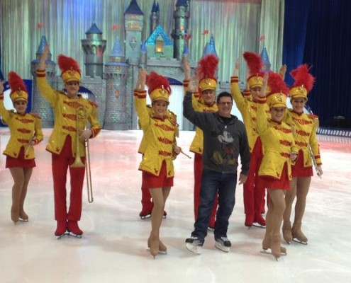 Disney on Ice cast