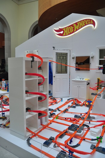 Hot Wheels Ultimate Track - Front
