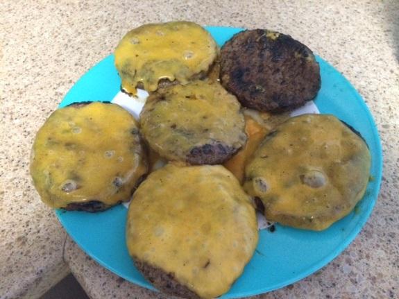 Cookina Hamburgers